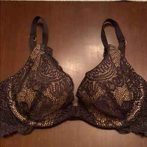 "Victoria's Secret ""Very Sexy"" push-up 34C"